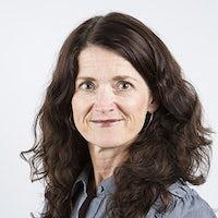 Dr Madeline Carr