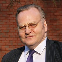 Dr David Fowler