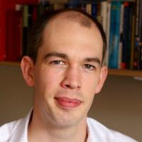 Dr Iain Long