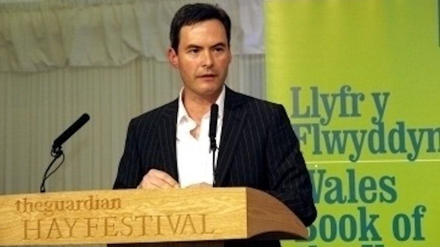 Damian Walford Davies giving talk at Hay Festival