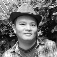 Dr Yi-Jhong Han