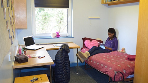 A bedroom in Dwyfor at University Hall