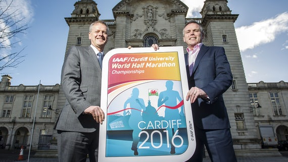 The Vice-Chancellor Professor Colin Riordan and Matt Newman CEO of the IAAF/Cardiff University World Half Marathon Championships Organising Committee