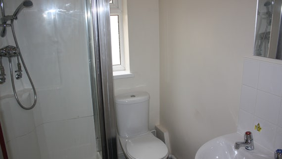 Bathroom in Student Houses/Flats Village 1 Bed Flat