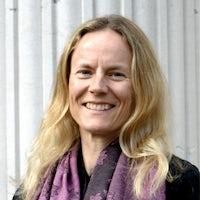 Dr Kersty Hobson