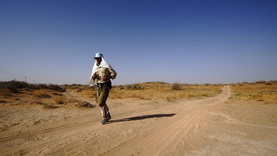 Jamie Maddison running through desert - Credit Matthew Traber.