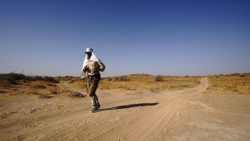 Jamie Maddison running through desert - Credit Matthew Traber.