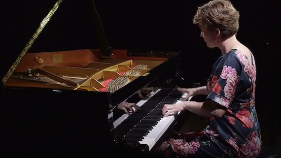 Clare Hammond Pianist