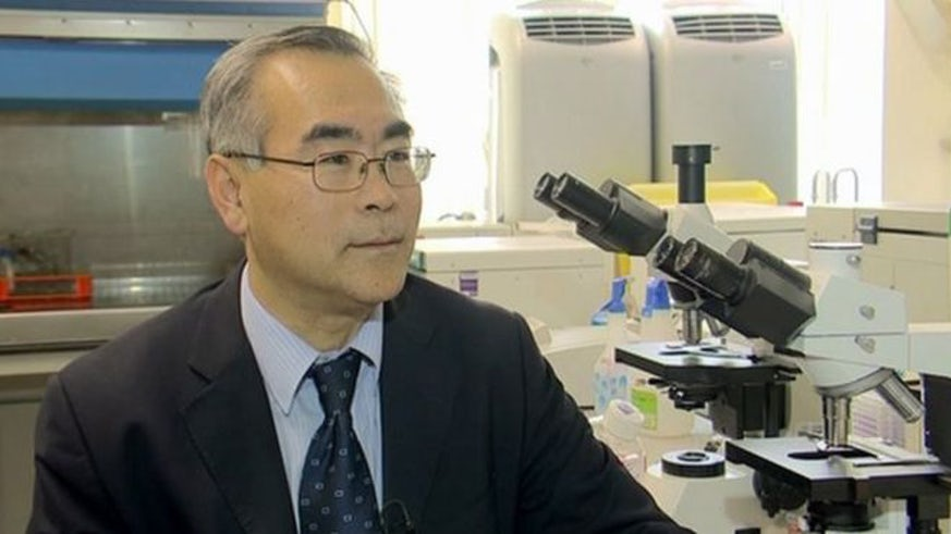 Professor Wen Jiang in the lab