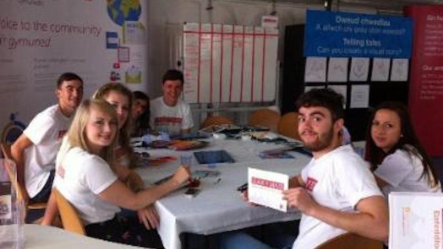 Llais y Maes students