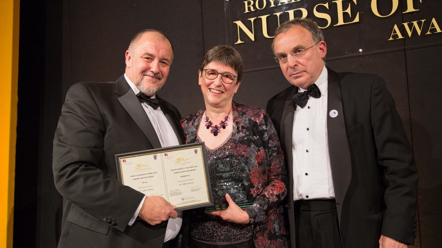 Dr Sally Anstey receiving her runner up prize in the Nurse Education Category