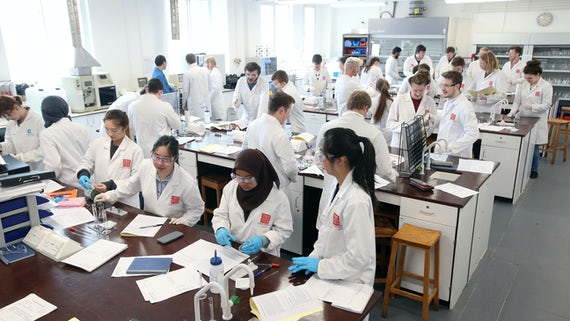 Students in an undergraduate laboratory session.