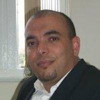 Yr Athro Khelifa Mazouz