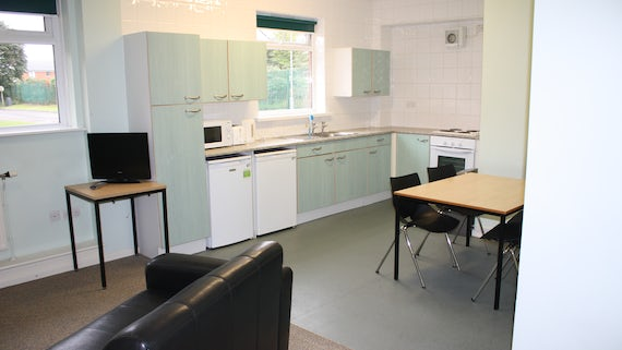 Kitchen/Lounge in Cartwright Court 2 Bed Flat