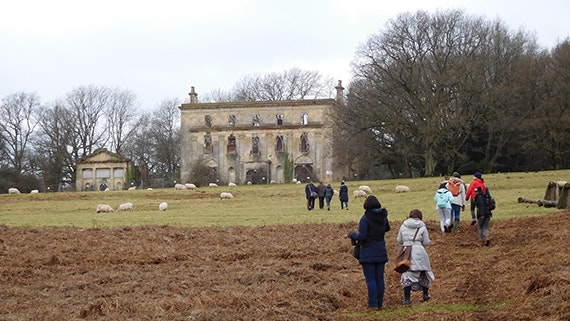 Student fieldtrip to Piercefield House