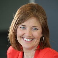 Dr Sarah Hall