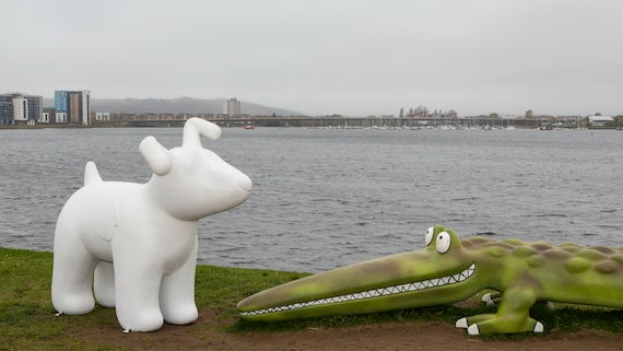 Ty Hafan Snow Dog - Cardiff Barrage
