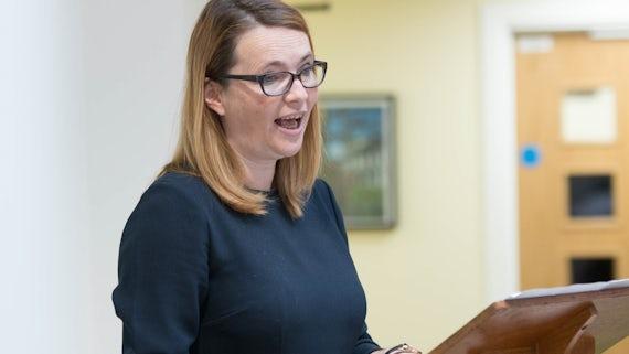 Ysgrifennydd y Cabinet dros Addysg, Kirsty Williams