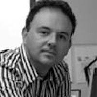 Yr Athro Tim Edwards
