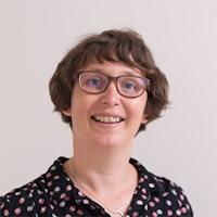 Dr Claudia Hillebrand