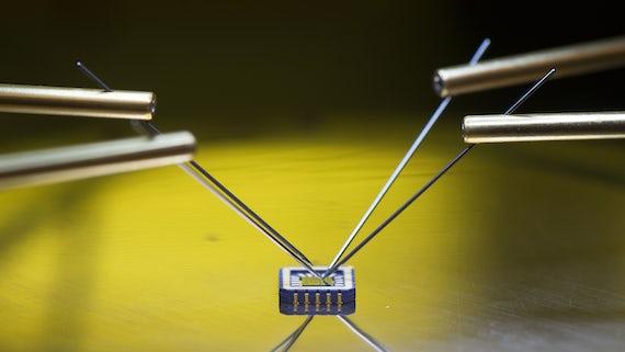 CS chip