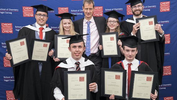 Professor Rudolf Allemann with the 2016 graduation prize winners