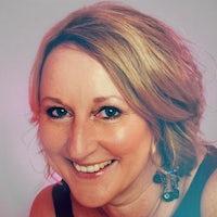 Naomi Dunstan FHEA, MA (Glam), PgCert (Cardiff)