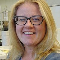 Yr Athro Carole Tucker BSc, MSc, PhD