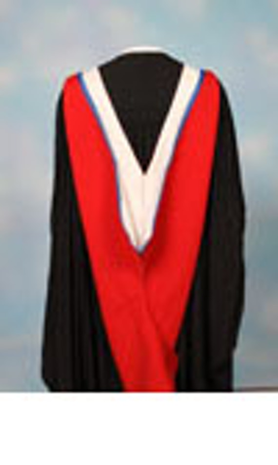 Image of a Extended Bachelor and Integrated Master Gown