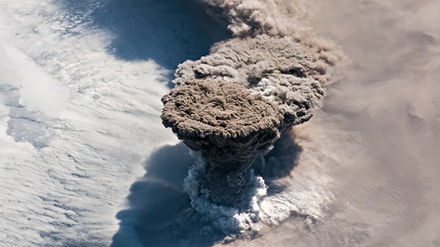 Image of a volcano erupting
