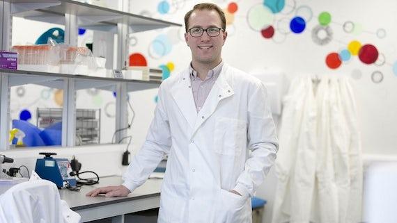 Dr James Hindley