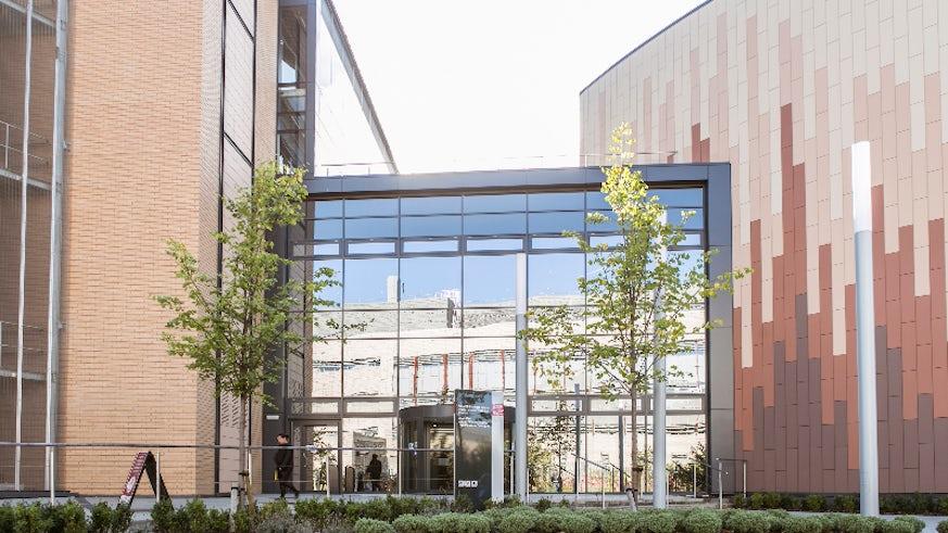 Image of Cardiff Business School's Postgraduate Teaching Centre