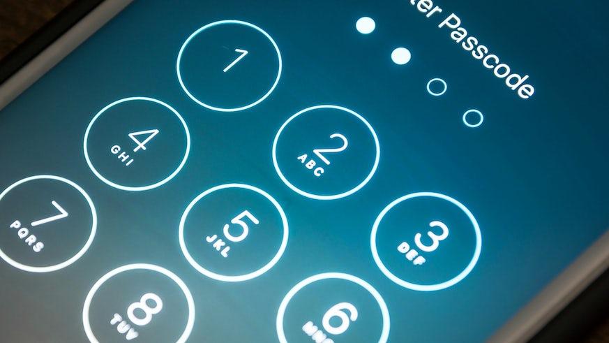 iPhone - Locked screen