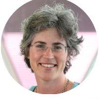 Dr Elizabeth Chadwick