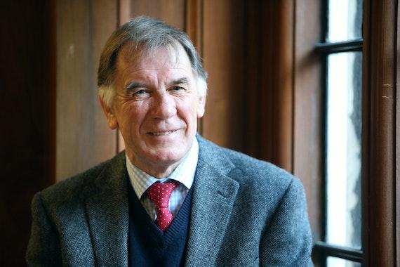Dr Gabe Treharne
