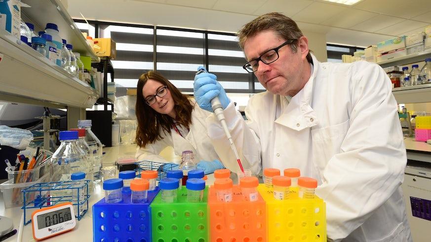 Emma Y and Kevin MP lab