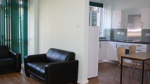 Lounge/Dining in University Hall 2 Bed Flat