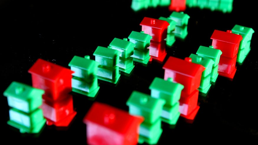 Monopoly houses and hotels