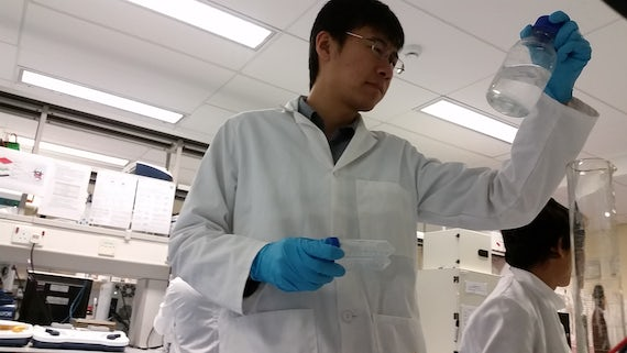 David Yi Feng in CCMRC Main Lab