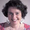 Dr Iris Egner
